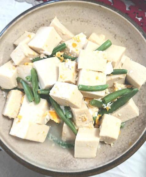 高野豆腐とインゲン卵とじ