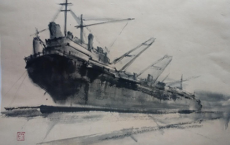 埠頭の貨物船